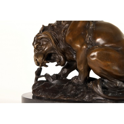 Lion Crushing a Serpent Bronze Sculpture